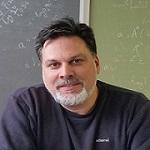 Dr. Elias Sakellis