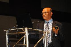 cs/past-gallery/148/omics-group-conference-biotechnology-2012-hyderabad-india-61-1442916646.jpg
