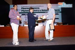 cs/past-gallery/395/pharmacognosy-2015-hyderabad-india-omics-international-32-1446727603.JPG