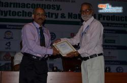 cs/past-gallery/395/sandeep-arora-chitkara-university-india-pharmacognosy-2015-omics-international-2-1446728140.JPG