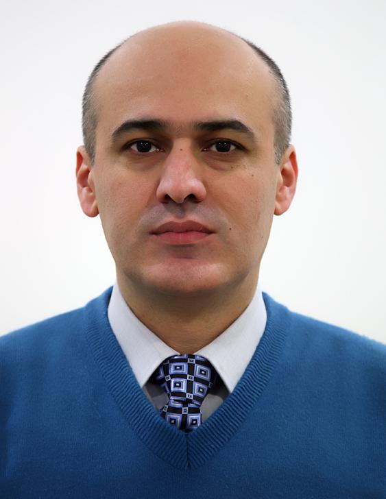 Dana M Tofiq