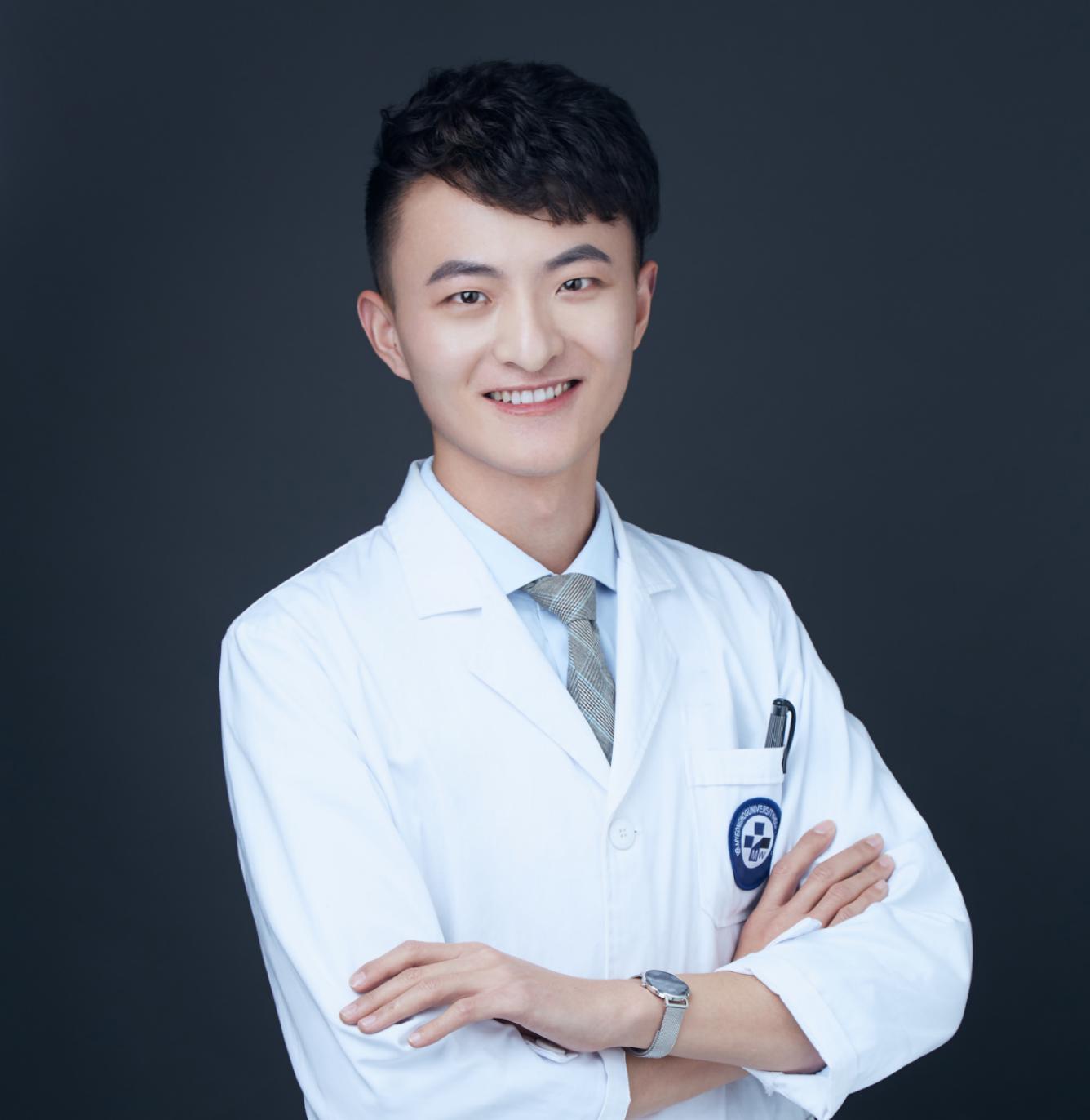 Dr. Junxiang Wang