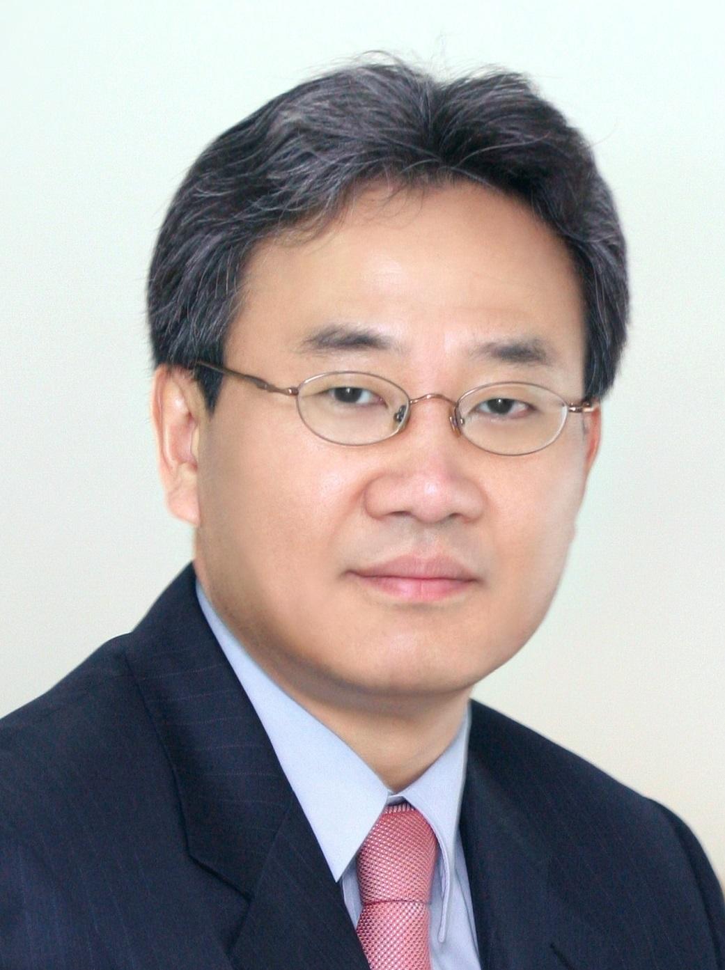 Dukjoon Kim