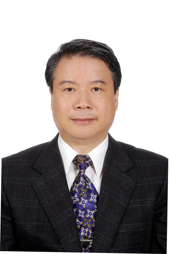 Shin-Han Tsai