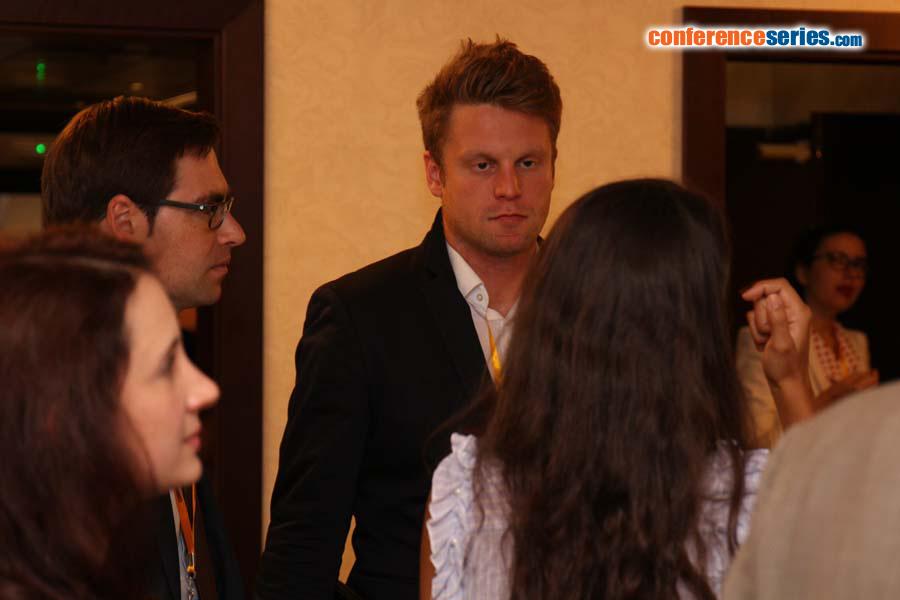 Simon Juan Tappen   OMICS International