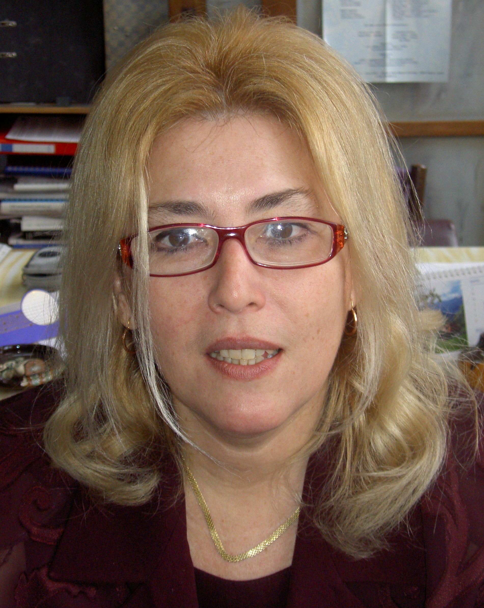 Cristina M Muntean