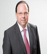 Dr. Thomas SZEKERES