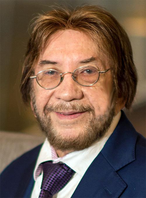 Dr.Kenneth Blum